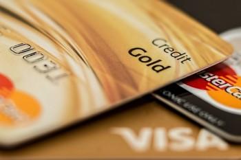 أنواع بطاقات الائتمان وفوائدها